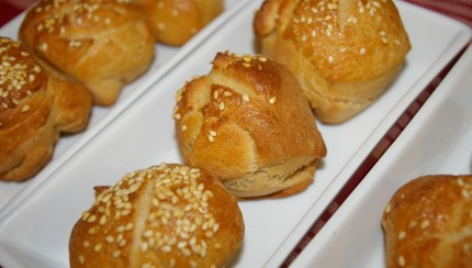 Whole Wheat Pretzel Dough Slider Buns