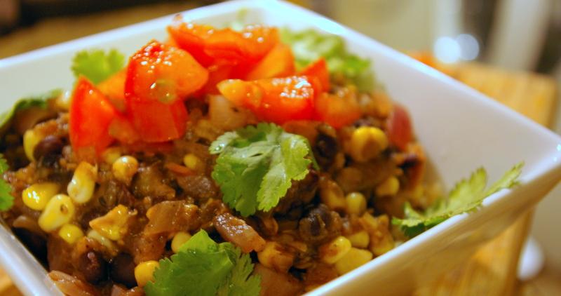 Quick Vegetarian Chili Recipe - Meatless Black Bean & Corn Chili ...