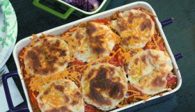 Vegan Quinoa Pizza Casserole with Daiya Cheese
