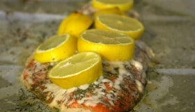 Salmon with dill and lemons