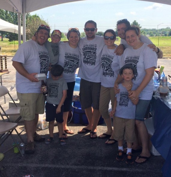 Team photo from the 2015 Kansas City Kosher BBQ Festival
